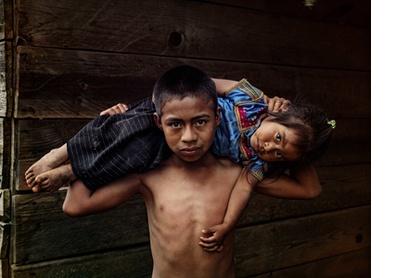 The son's burden. San Cristobal, 2019